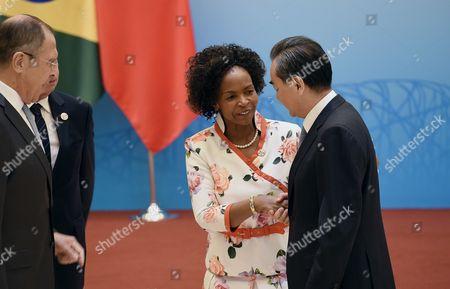 Wang Yi and Maite Nkoana-Mashabane