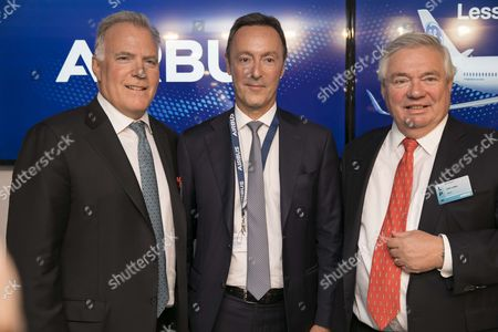 (L-R) Airbus COO and President Commercial Aircraft Fabrice Bregier, President and CEO of GE Capital Aviation Services (GECAS) Alec Burger and Airbus Chief Operating Officer - Customers John Leahy attend a signing press conference at Le Bourget airport,