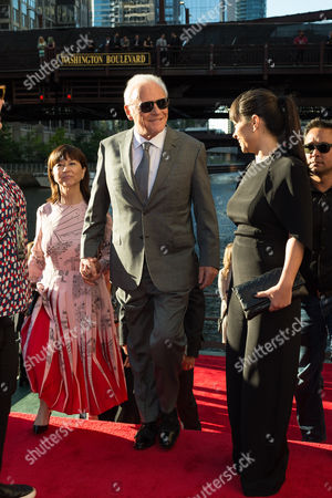 Stella Arroyave, Sir Anthony Hopkins and guest