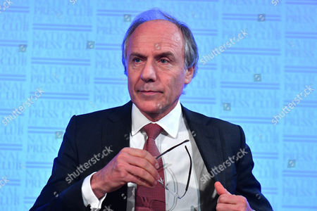 Editorial photo of Chief Scientist of Australia, Dr Alan Finkel at National Press Club in Canberra - 21 Jun 2017
