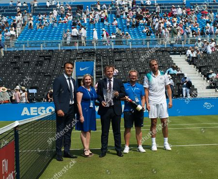 Presentation party following the on-court presentation of the ATP 500 Tournament of the Year Award. The award goes to Queens for the fourth year in succession. Pictured, Stephen Farrow, Ross Hutchins, Tara McGregor-Woodham, Graham Kimpton and Gilles Muller. Aegon Tennis Championships, Queen's Tennis Club, London, England, 21st June 2017.