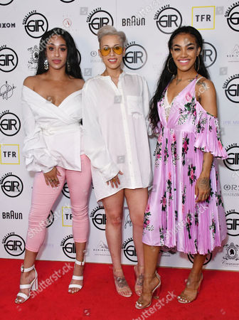 Alexandra Buggs, Courtney Rumbold, Karis Anderson (Stooche)