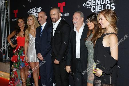 (L-R) Mariana Seoane, Fernanda Castillo, Rafael Amaya, Vanessa Villela and Carmen Aub