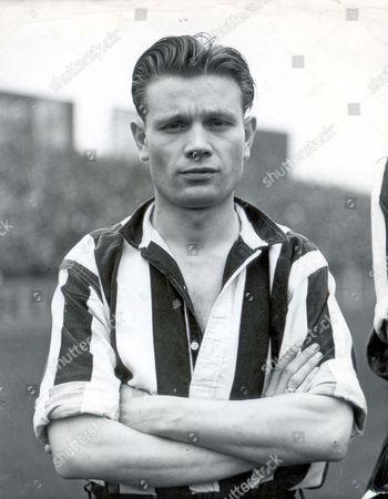 1951 Charlie Crowe Newcastle Fc...