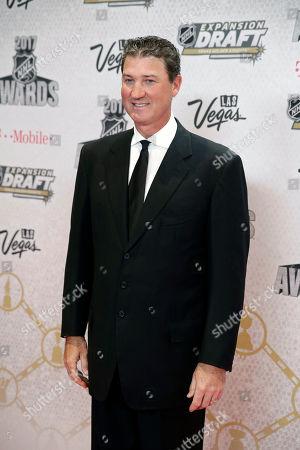 Mario Lemieux poses before the NHL Awards, in Las Vegas