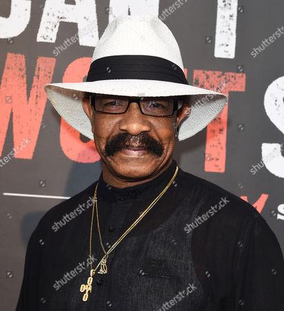 Dennis Graham, Drake's father