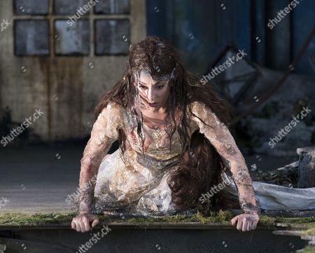 Andrea Carroll as Melisande
