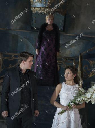 Jonathan McGovern as Pelleas, Susan Bickley as Genevieve, Andrea Carroll as Melisande