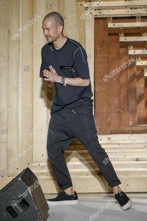 Luke Meier on the catwalk