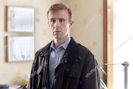 (Episode 3) - John Heffernan as Dr Simon Marr.