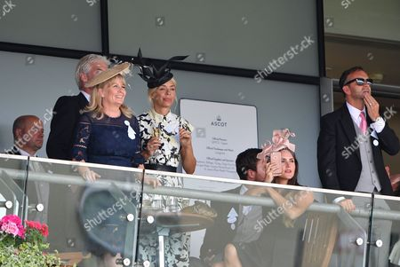 Stock Image of Holly Willoughby, Phillip Schofield, Stephanie Lowe, Ben Caring, Elle Caring, Daniel Baldwin