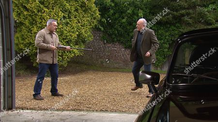 Lawrence White, as played by John Bowe, turns up at Tim's, as played by Mark Moraghan, house with a thuggish associate. (Ep 7868 - Thur 6 July 2017)