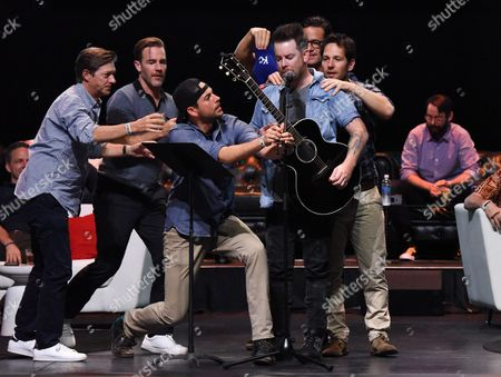 Kevin Rahm, James Van Der Beek, Zachary Levi, David Cook, Josh Hopkins and Paul Rudd