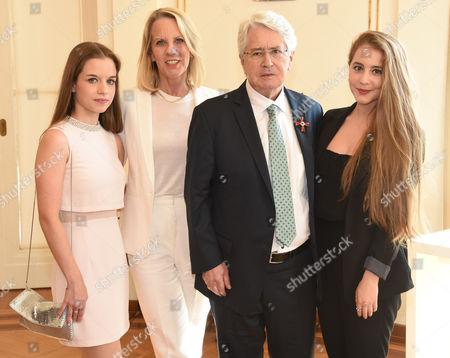 Lena, Britta, Frank and Enya Elstner