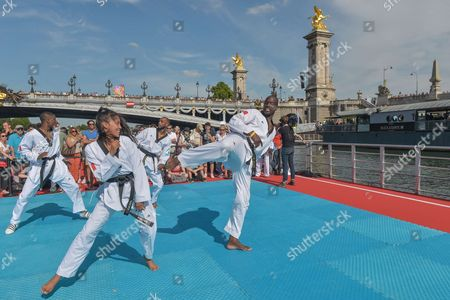 Demonstration of Taekwondo with Pascal Gentil during the celebration of Olympic Day
