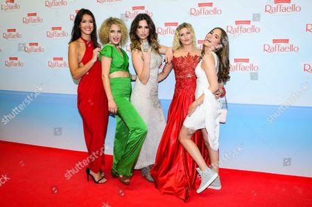 Luna Schweiger, Larissa Freitag, Chiara Moon, Lucia Strunz and Isabella Maria Ahrens