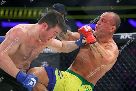 Chael Sonnen, Wanderlei Silva Chael Sonnen, left, trades punches with Wanderlei Silva, of Brazil, during a mixed martial arts bout at Bellator 180 early, in New York. Sonnen won via unanimous decision