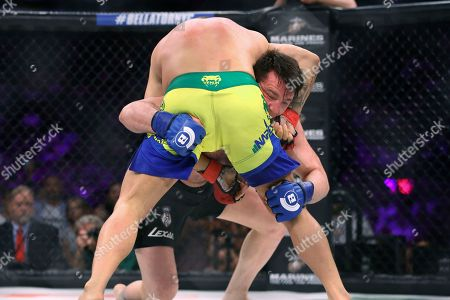Chael Sonnen, Wanderlei Silva Chael Sonnen takes down Wanderlei Silva, of Brazil, during a mixed martial arts bout at Bellator 180 early, in New York. Sonnen won via unanimous decision