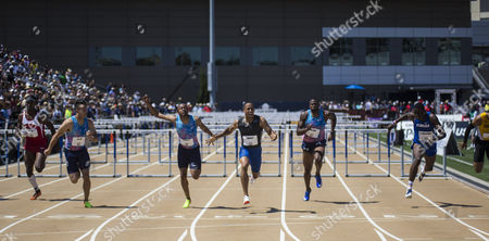 Sacramento, CA : Men's 110m hurdles final Aleec Harris win with a time of 13.24, 2nd place Aries Merrit 13.31 and Devon Allen 13.34 during the USATF Outdoor Track and Field Championship Day 4 at Hornet Stadium Sacramento, CA. Thurman James / CSM