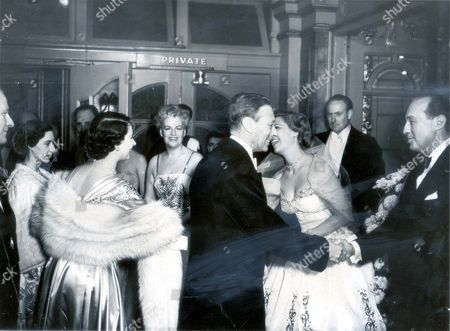 King George Vi (died 6/2/52) 13 November 1950. King And Queen At The Royal Command Variety Performance At London Palladium. King Shakes Hands With Jack Benny And Princess Elizabeth (queen Elizabeth Ii)leans Foreward To Shake The Hand Of Dinah Shore Princess Margaret Also In Picture. This Is The First Time The Royal Variety Performance Stars Have Been Presented Although It Is Customary With Screen Stars After Royal Film Performances. After The Show The Royal Family Met Nine Variety Stars Including Donald Peers Billy Cotton Jack Hylton Tommy Trinder Marjorie Macmichael Of The Merry Macs Gracie Fields And Allan Jones. The King Spoke To Each One. To America's Jack Benny He Said: 'when Do You Go Back? It Seems Like A Very Long Way To Come For Such A Short Performance.'...royalty