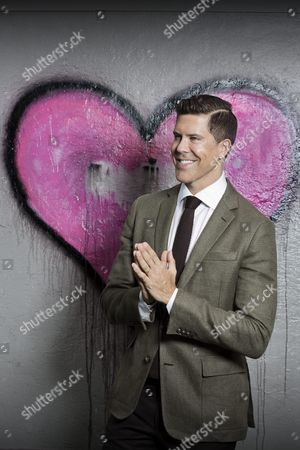 "Fredrik Eklund, from ""Million Dollar Listing"", releases a new single - 'It Gets Better'"