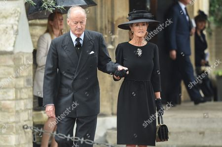 Stock Photo of Lord Brabourne, 3rd Earl of Mountbatten with wife Penelope Eastwood