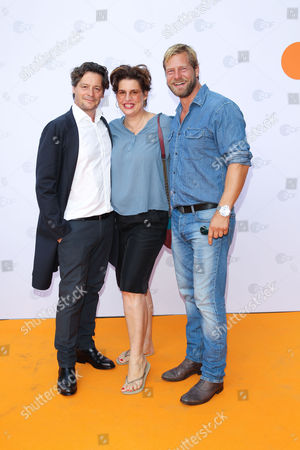 Fritz Karl mit Ehefrau Elena Uhlig and Henning Baum,..