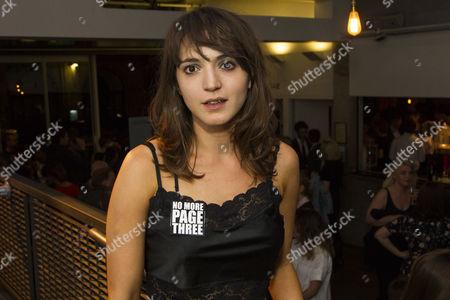 Pearl Chanda (Stephanie Rahn)