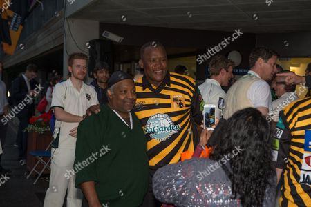 Devon Malcolm with fans at Lashings All Stars vs House Of Commons & Lords