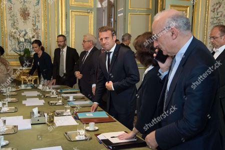 Madagascar's President Hery Rajaonarimampianina, left, and France's President Emmanuel Macron