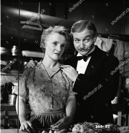 Barbara Mullen (Mrs. Vincent), David Kossoff (George Vincent)