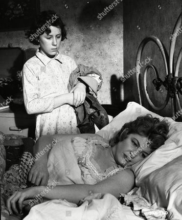 June Archer (Lovejoy Mason),Vanda Godsell (Bertha Mason)