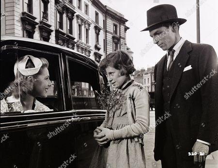 Susan Beaumont (Liz), June Archer (Lovejoy Mason), Lyndon Brook (Charles)