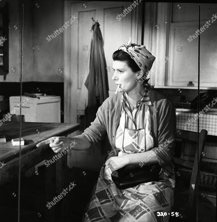 Hilda Fenemore (Cassie)
