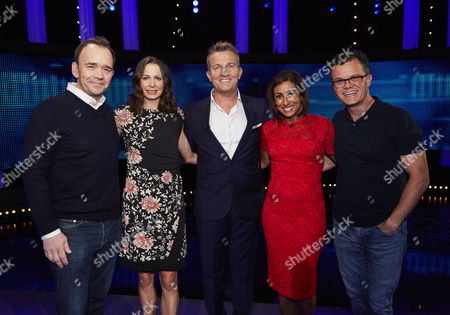 Stock Photo of (l-r) Todd Carty, Joanne Pavey, host Bradley Walsh, Saira Khan and Dominic Holland