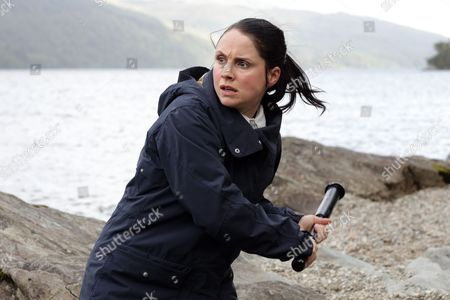 (Episode 6) - Laura Fraser as Annie Redford.