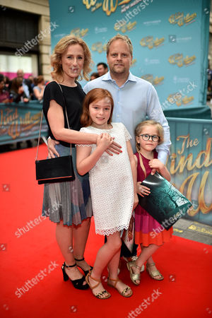 Stock Photo of Nicola Stephenson, Sir Paul Stephenson, Esmé Rose Stephenson and Iris Stephenson