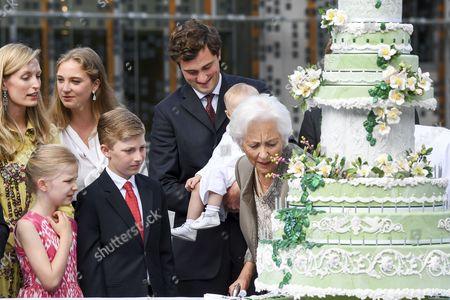 Queen Paola, Princess Elisabeth, Prince Emmanuel, Prince Gabriel, Princess Eleonore, Prince Amedeo, Princess Anna Astrid, Elisabetta Rosbosch von Wolkenstein, Princess Louise, PPrince Aymeric, Prince Nicolas, Princess Luisa Maria