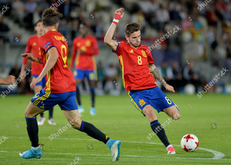 Saul Niguez Esclapez of Spain