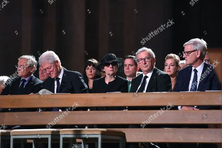 (L-R, front row) Former chancellor of Austria Wolfgang Schuessel, former US president Bill Clinton, Maike Kohl-Richter, the widow of late former German chancellor Helmut Kohl, European Commission President Jean-Claude Junker and former Swedish prime minister Carl Bildt, attend a Pontifical Requiem for late former German chancellor Helmut Kohl in the Cathedral in Speyer, Germany, 01 July 2017. Kohl, widely regarded as the father of German reunification in 1990, died on 16 June 2017 at his home in Ludwigshafen, Germany. He was the sixth chancellor of the Federal Republic of Germany from 1982 to 1998.