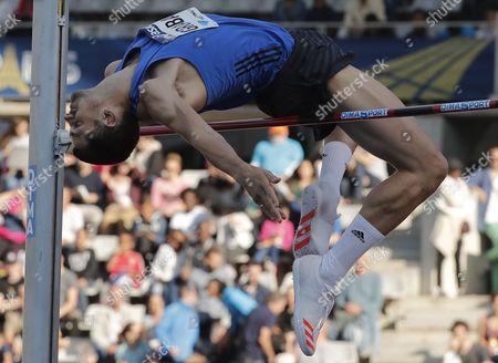 Robbie Grabarz of Britain competes in the Men's High Jump event at the IAAF Diamond League meeting at the stade Charlety in Paris, France,  01 July 2017.