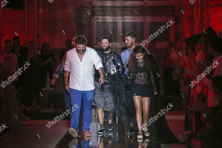 Rafael Amargo and family on the catwalk