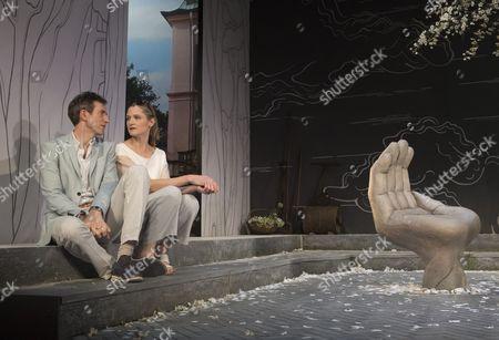 Daniel Weyman as Martin, Naomi Frederick as Gina,