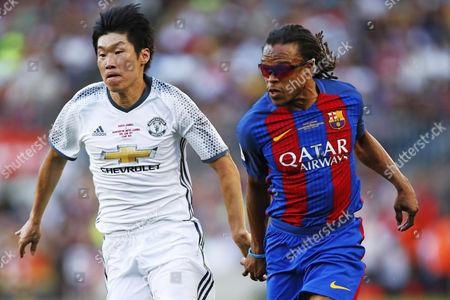 Park Ji-Sung (Man.U legends), Edgar Davids (Barcelona legends)