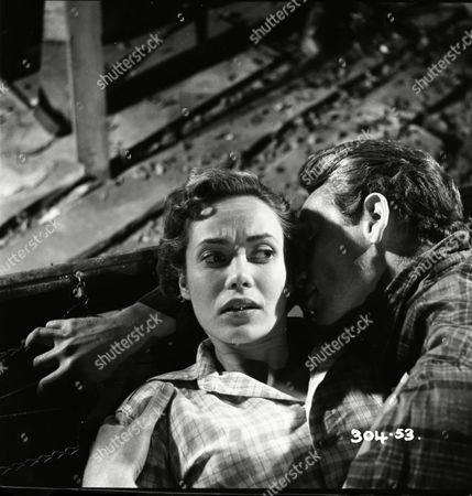 Betta St John (Joanna), Patrick McGoohan (Simon Breck)