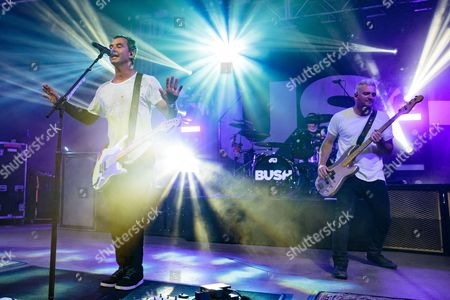 Bush - Gavin Rossdale, Robin Goodridge, and Corey Britz