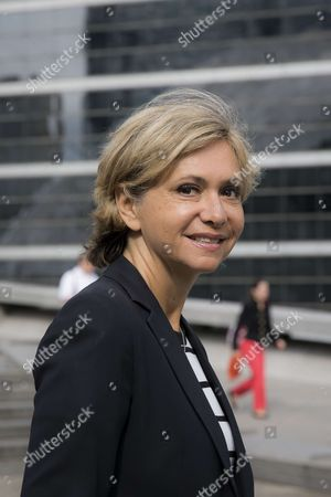 President of the Ileana Cabra de France Region Valerie Pecresse. Launch autonomous, driverless and electric bus shuttles, elaborated by French car manufacturer Navya with Keolis, were put into service in La Defense for a test phase of 6 months