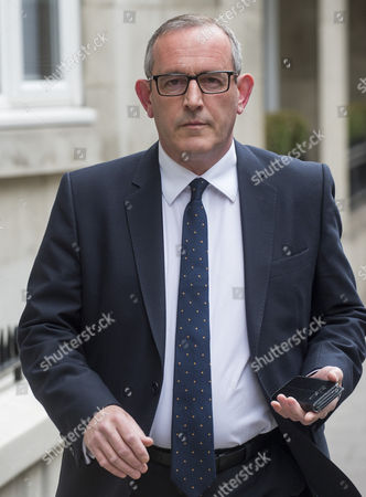 Scottish Mp Stewart Hosie Leaving His Flat In Westminster Following Revelations Of An Affair With Political Writer Serena Cowdy.  18/5/2016 Reporter Josh White.