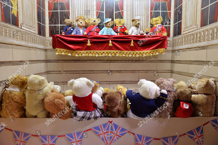 A Tableau Of The Royal Family On Buckingham Palace Balcony. L To R prince Harry Camilla Prince Charles The Queen Prince Phillip Kate Charlotte George And Prince William. Collection Of Teddy Bears From Broadcaster And Former MP Giles Brandreth Gifted To Newby Hall Ripon North Yorkshire In A New Permanent Exhibition.   24/5/16.