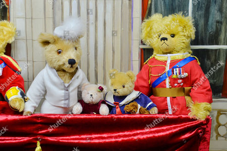 A Tableau Of The Royal Family On Buckingham Palace Balcony. L To R  Kate Charlotte George And Prince William. Collection Of Teddy Bears From Broadcaster And Former MP Giles Brandreth Gifted To Newby Hall Ripon North Yorkshire In A New Permanent Exhibition.   24/5/16.